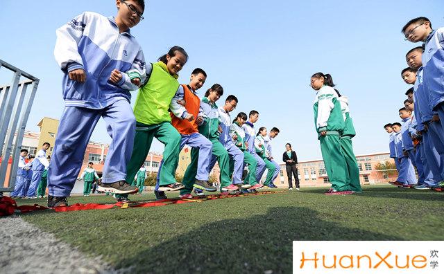 """民办与公办中小学同步招生 坚决制止""""掐尖""""招生行为"""